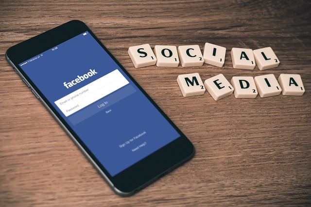 How to Create Search Engine Optimized Facebook and Twitter Profiles